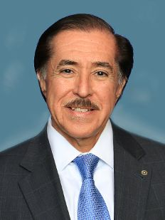 Headshot of Jerry Salinas